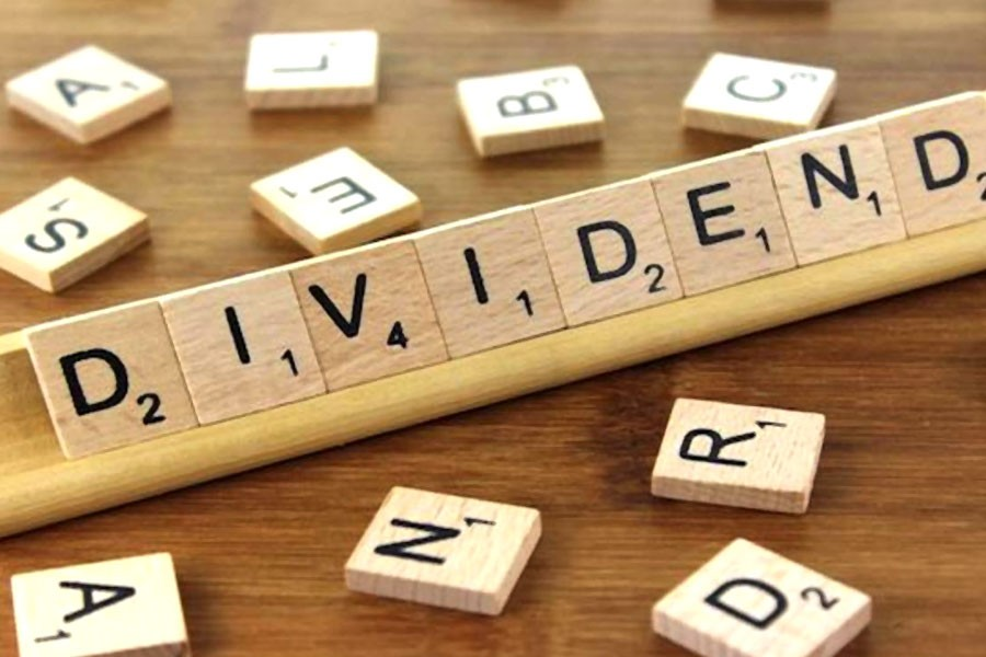 Four more banks recommend dividends