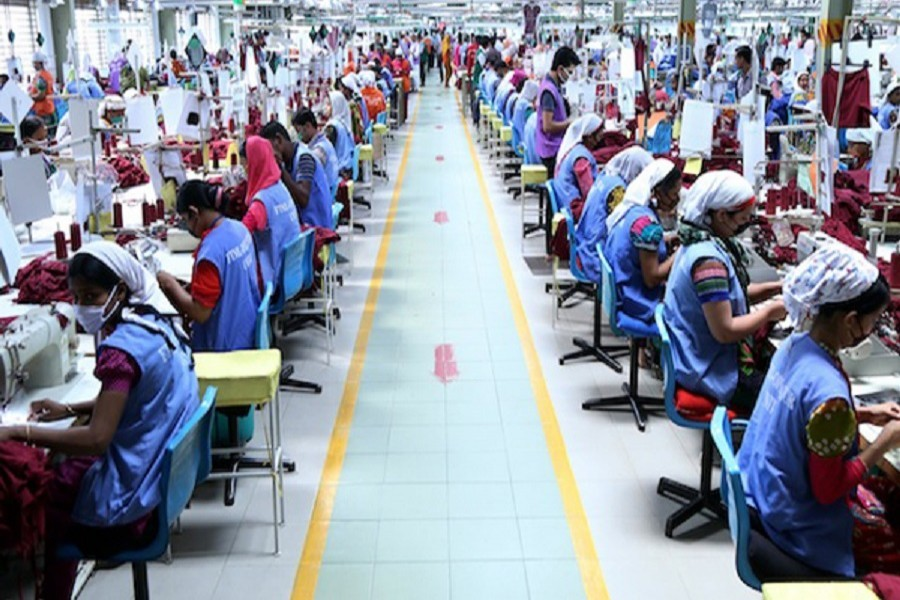 Indian ex-WTO envoy praises BD's apparel sector