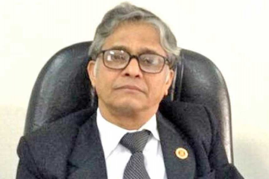 Two US professors meet DU VC