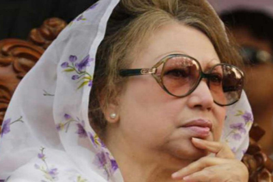 Khaleda undergoes medical tests at BSMMU