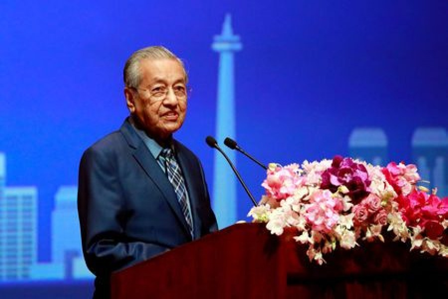 Malaysia's new government sets bigger budget, cuts fiscal targets