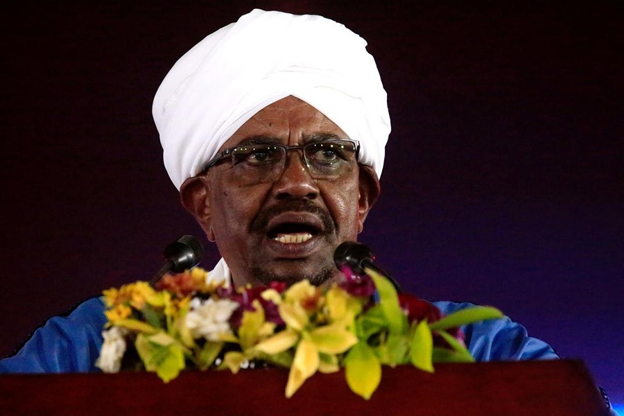 Sudanese president fights for survival as protests spread