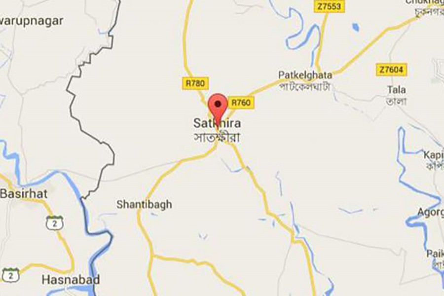 Police recover body of youth from septic tank in Satkhira