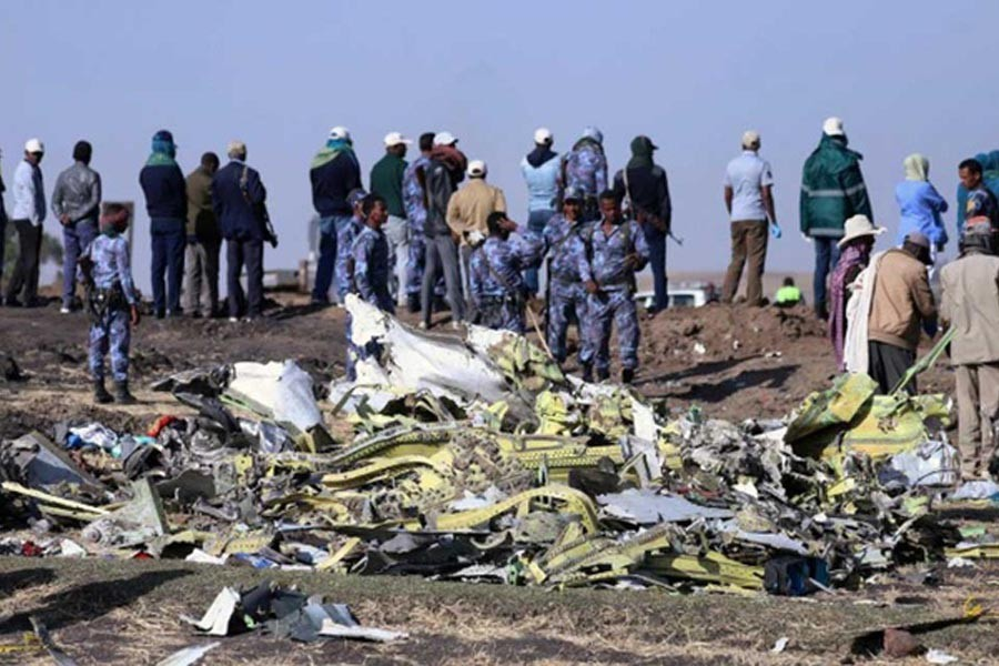 Ethiopian plane smoked and shuddered before crash: Witnesses