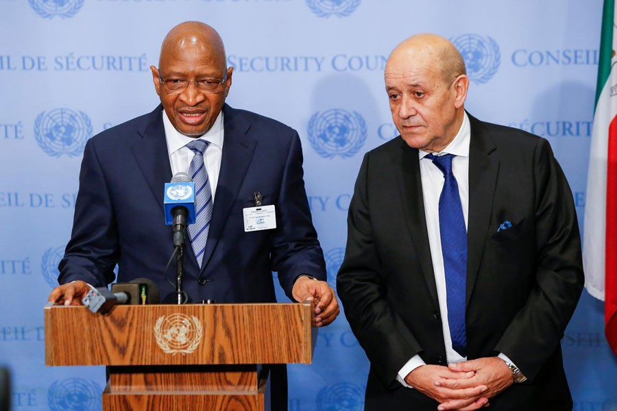 Soumeylou Boubeye Maiga, Prime Minister of the Republic of Mali (L), speaks to media next to Jean-Yves Le Drian, Minister for Europe and Foreign Affairs of France at UN headquarters in New York, US, March 29, 2019. Reuters/Files