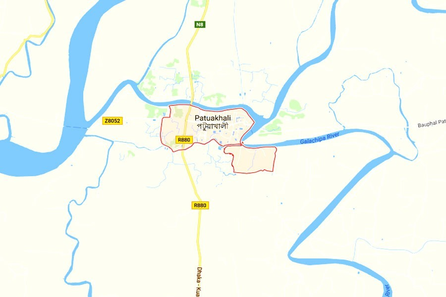 Local administration to investigate 'obscenity' at Patuakhali Shaheed Minar