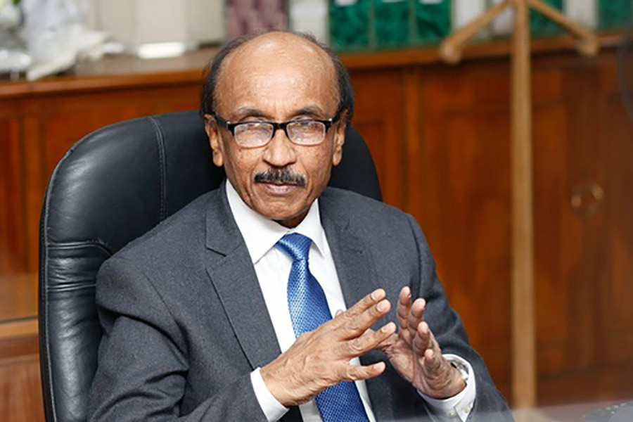 'Bankers should be more active to reduce bad loans'