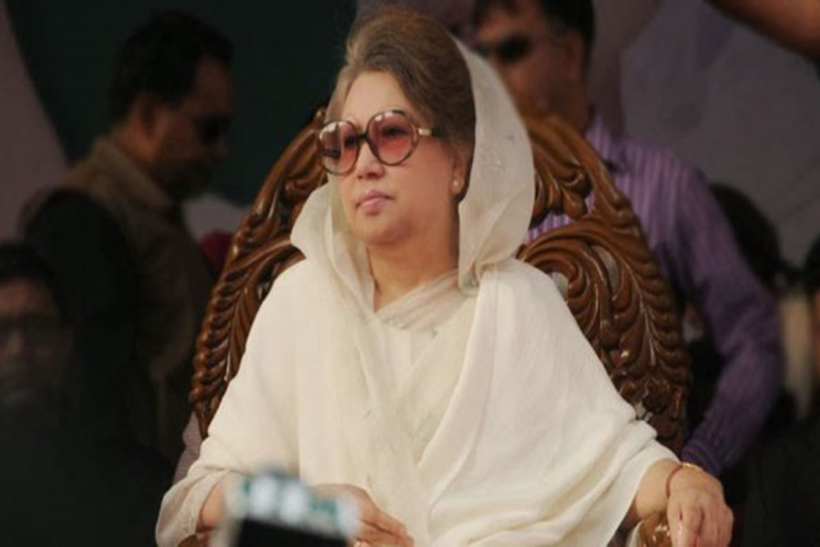 Relatives meet Khaleda in hospital on Eid day