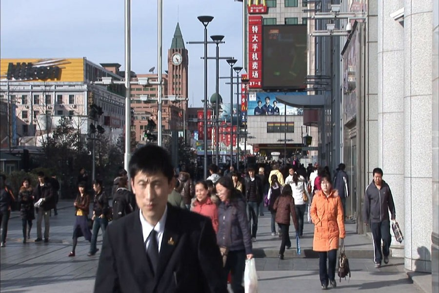 Chinese migrant workers leaving megacities for more stable lives in third- and fourth- tier cities