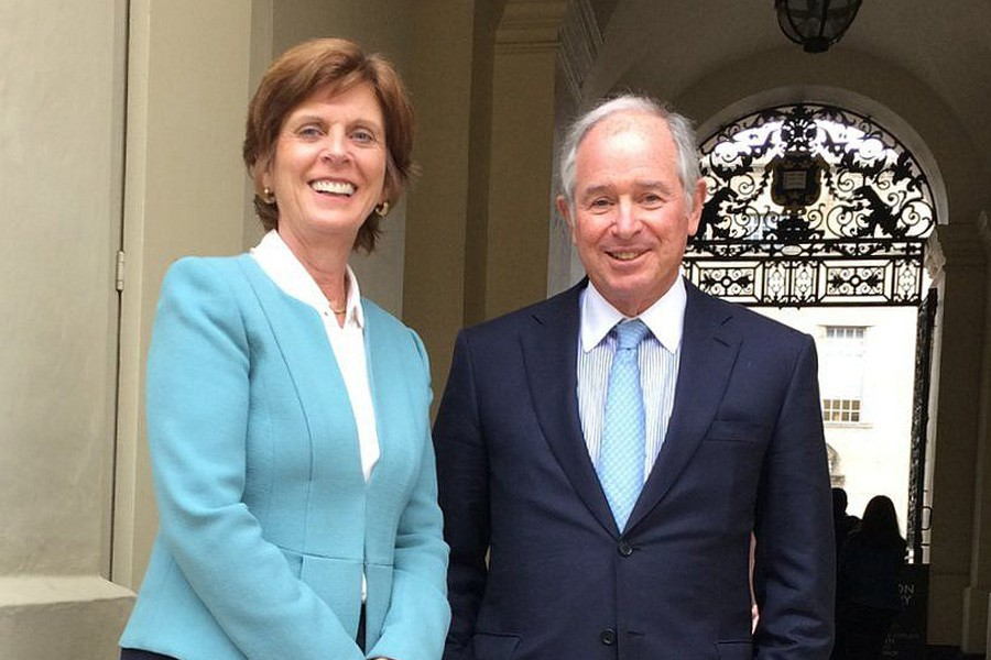 Stephen Schwarzman with the University of Oxford's vice-chancellor, Prof Louise Richardson