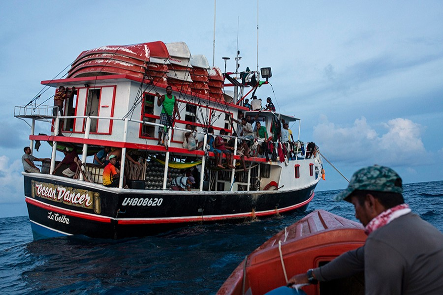 The type of boat used for fishing in Honduras — AP/files