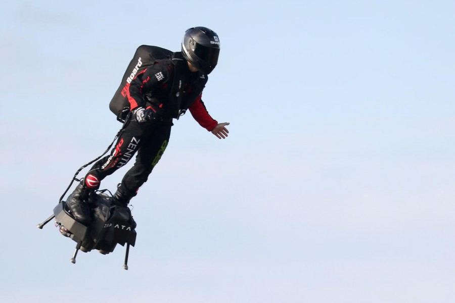 World News August 4, 2019 / 12:46 PM / Updated 9 minutes ago French 'Flying Man' crosses Channel on jet-powered hoverboard  2 Min Read  French inventor Franky Zapata takes off on a Flyboard for a second attempt to cross the English channel from Sangatte to Dover, in Sangatte, France, August 4, 2019 - REUTERS/Yves Herman