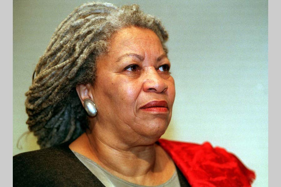 Nobel-prize winning author Toni Morrison dies