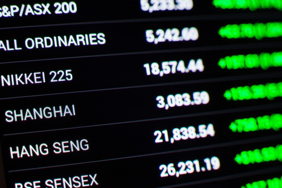 Asian stocks rise as trade war worries worsen
