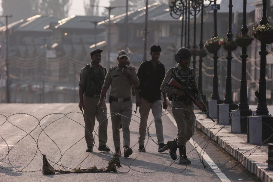 Indian-controlled Kashmir under strict lockdown for ninth day