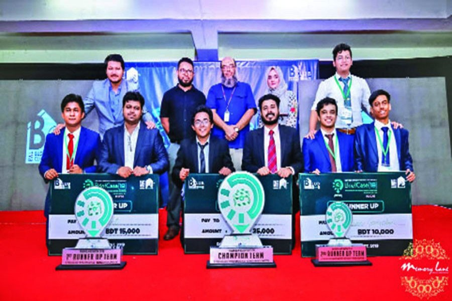 Standing in the back — second from left Assistant Professor Dr Md Abdul Momen, Assistant Professor M Sayeed Alam (middle) and Assistant Professor Silvia Akter with the winning team members of Briefcase 2019 organised by East West University Business Club (EWUBC)