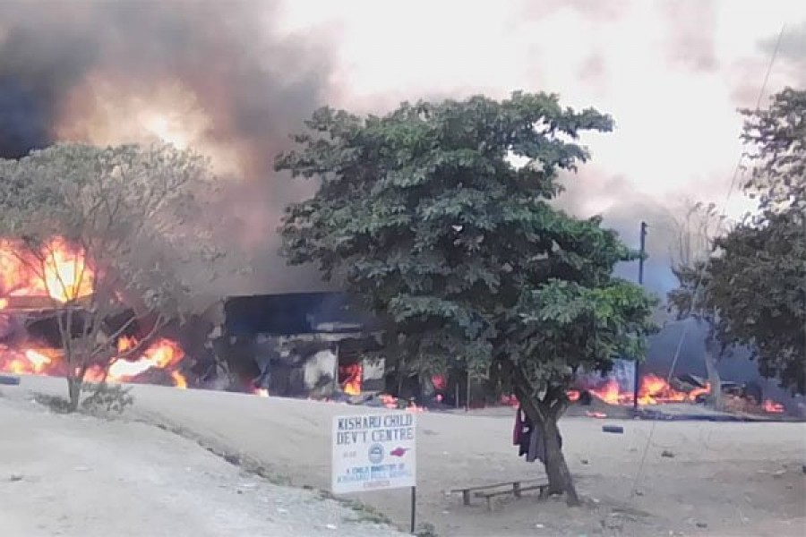 The fire engulfed dozens of shops at Kyambura trading centre in western Uganda after a fuel truck rammed into two commuter taxis and exploded on August 18, 2019 - Photo: DAILY MONITOR