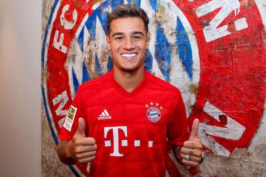 Bayern signs Coutinho on loan with option to buy