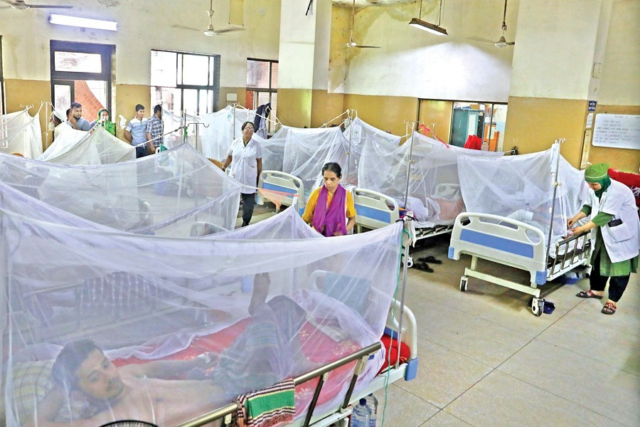 300 health workers infected with dengue while treating patients
