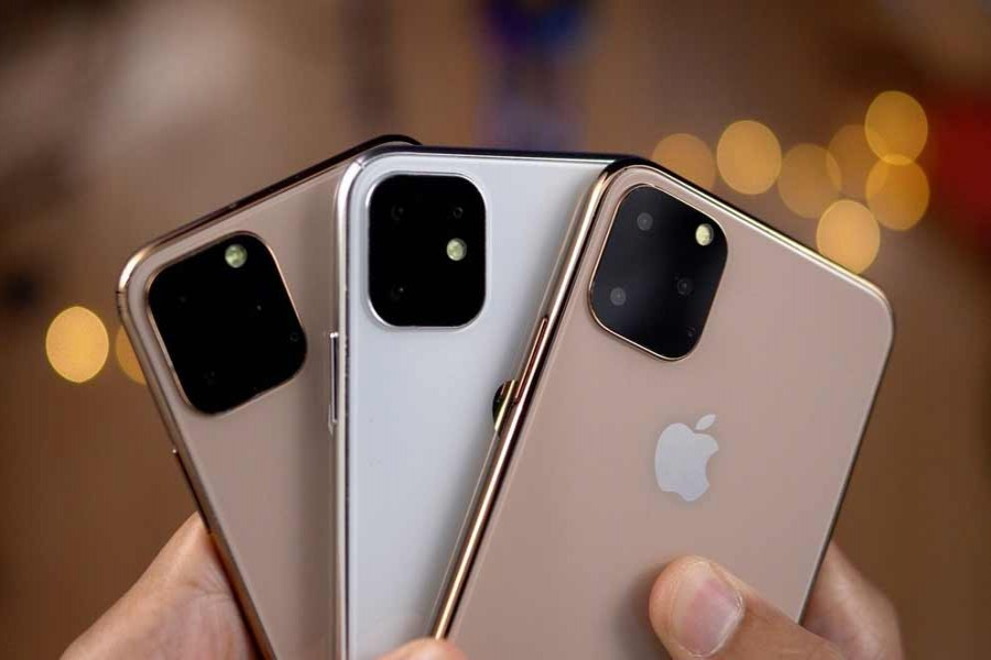 Apple may spark upgrade rush with new iPhones