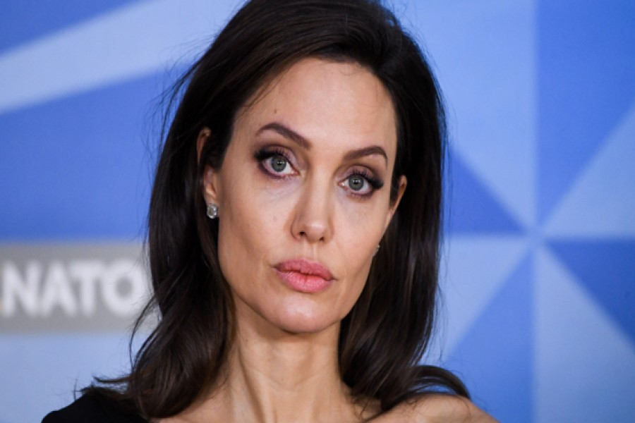 Strong women learn from men around them: Jolie