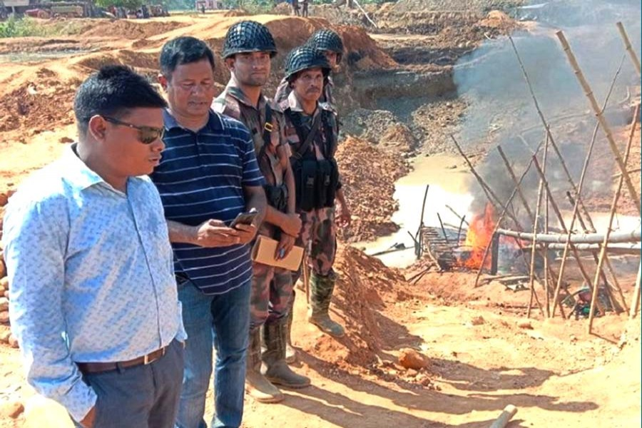 Stone lifting machineries seized in Sylhet