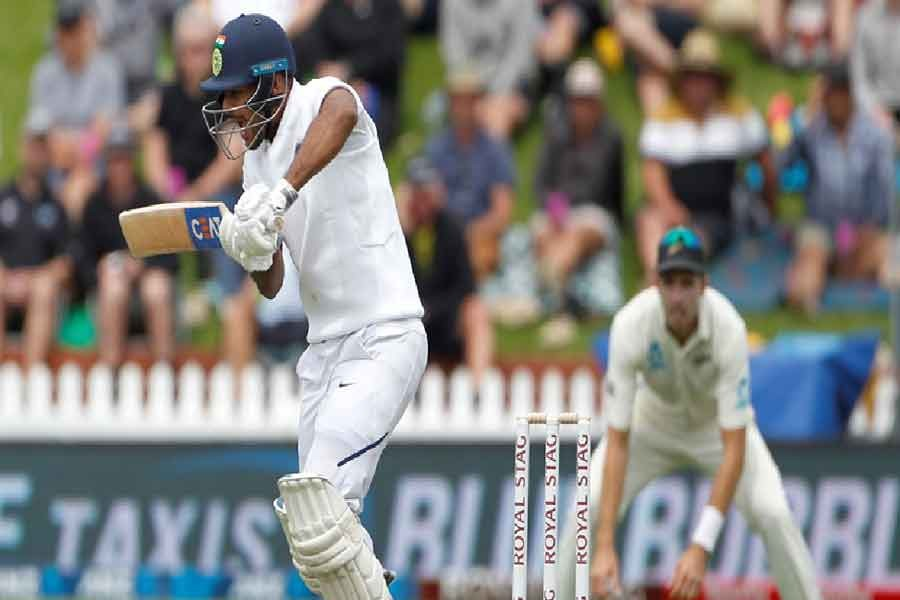 India 122-5 at tea in 1st test against NZ