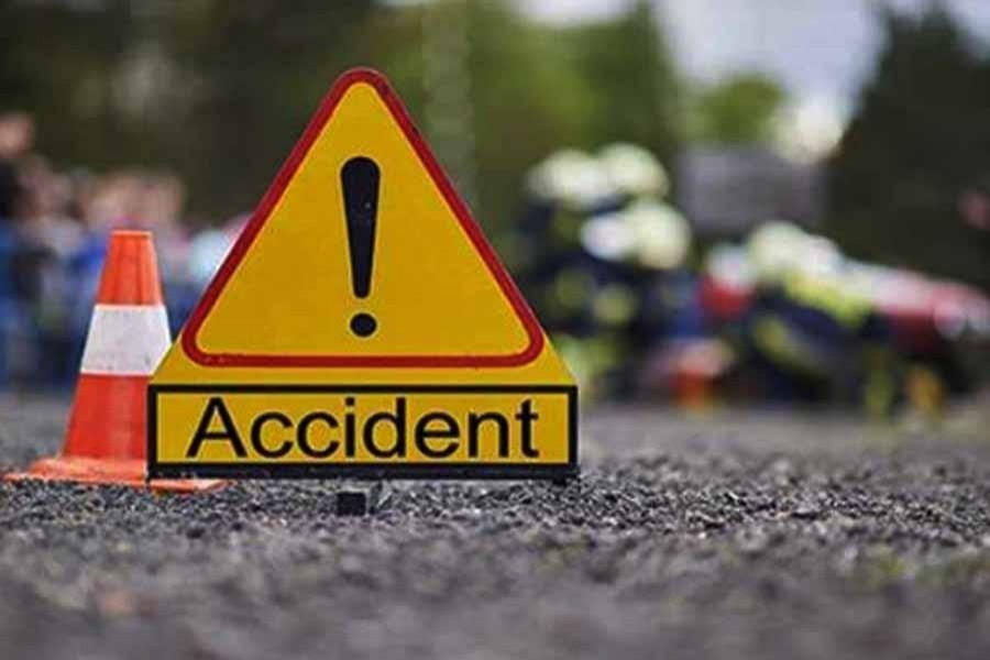 Two die in Kushtia road accident