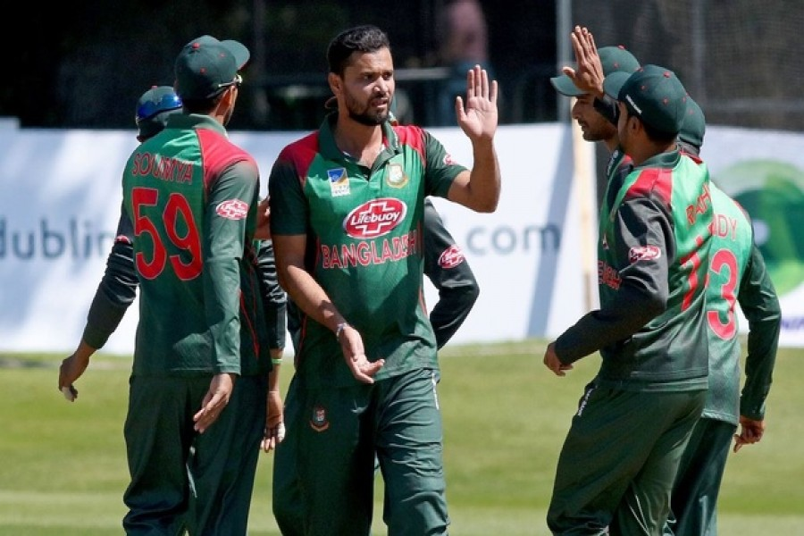 Liton ton guides Bangladesh against Zimbabwe