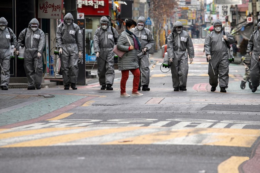 Seoul wants sect boss charged with murder over outbreak