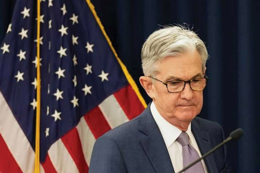 Appearing on a network morning show on Thursday (March 26, Federal Reserve Chairman Jerome Powell gave a message of first containing the pandemic, then opening for business - in contrast to Trump's call to get economy 'roaring' by Easter (April 20).  —Photo: Reuters
