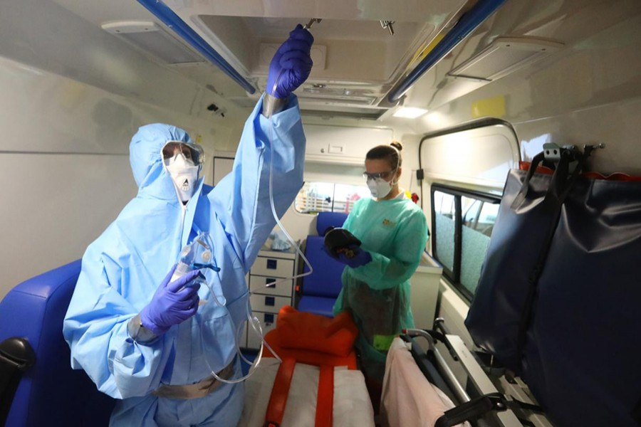 Members of the aid and welfare organisation Arbeiter-Samariter-Bund (ASB) train the usage of protection gear at their base in Seligenstadt, Germany on March 30, 2020, as the spread of the coronavirus disease (COVID-19) continues — Reuters photo