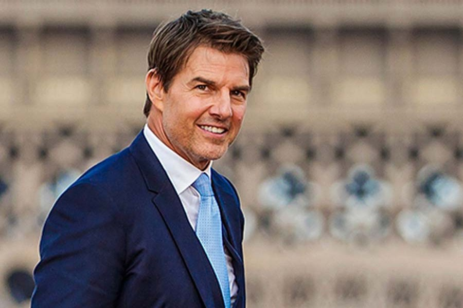 Tom Cruise to shoot a movie in space