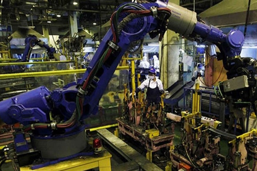 Malaysia's industrial output index in March falls 4.9 pc