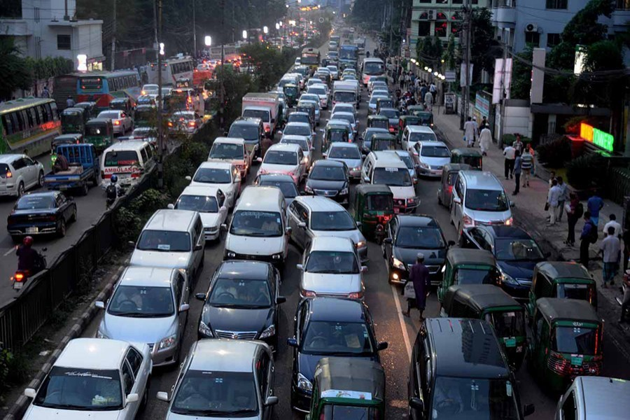 Allowing private vehicles for Eid journey is suicidal: JKS
