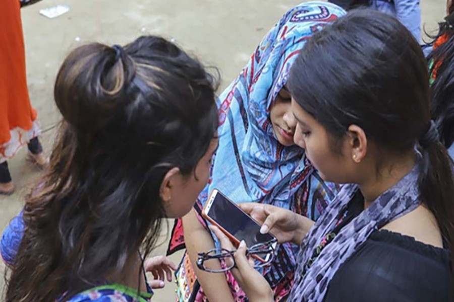 Education Minister to announce SSC results on Facebook Sunday