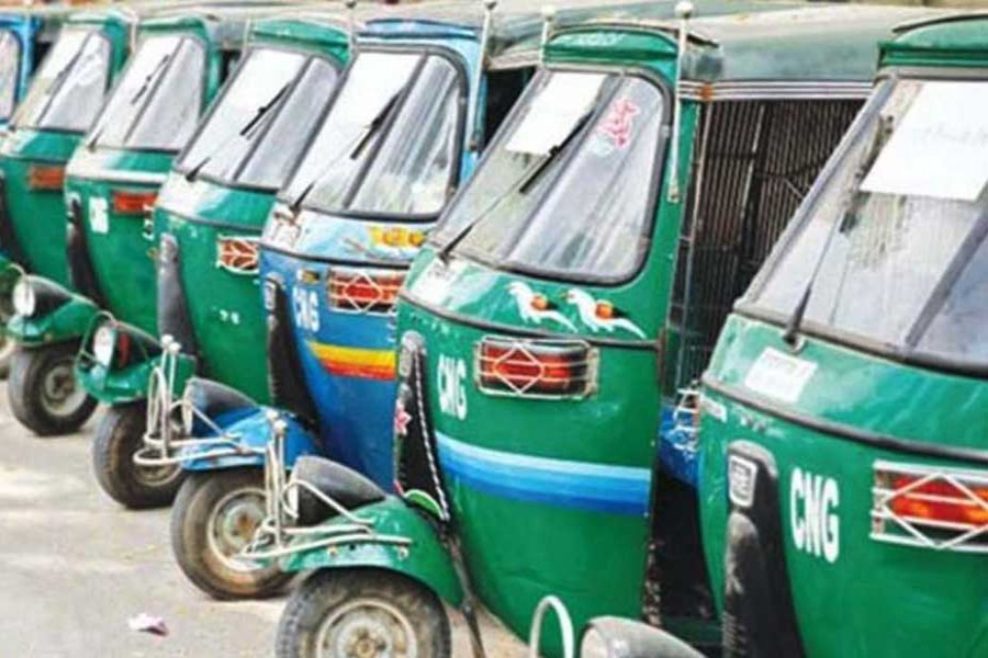 Auto-rickshaw workers demand action against extortionists