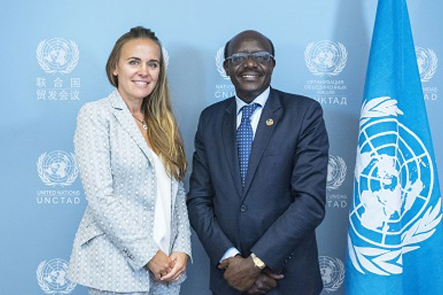 Dona Bertarelli (L) and UNCTAD Secretary-General Mukhisa Kituyi