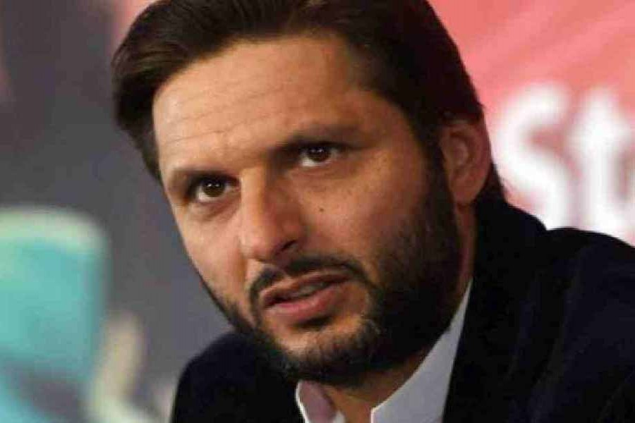 Shahid Afridi tests positive for COVID-19