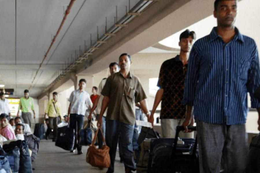 74pc migrant workers failed to bring back remittance: Study