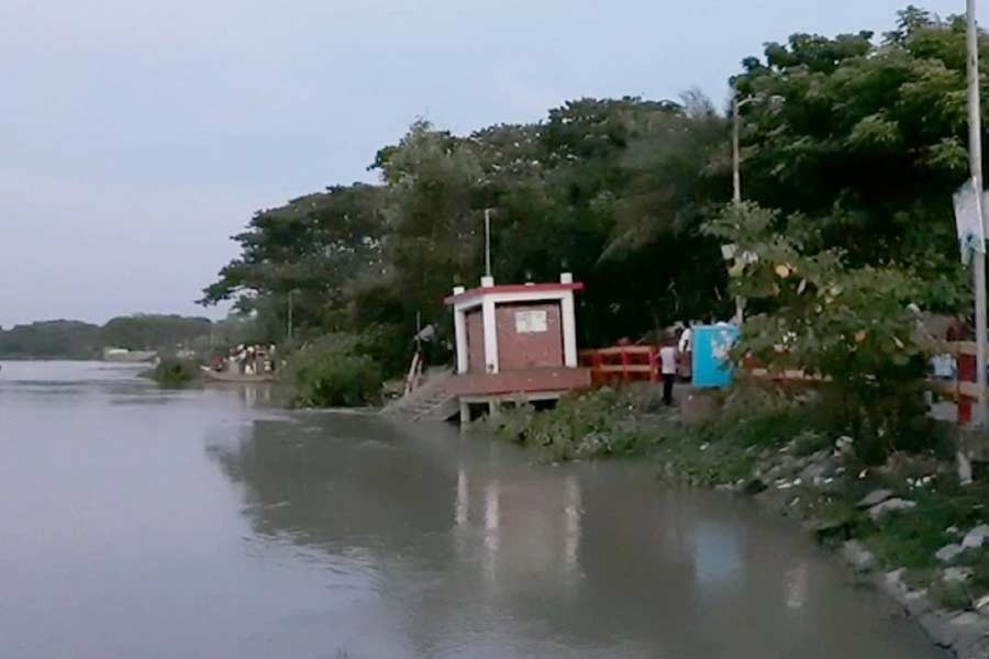 River erosion washes away Madaripur town protection dam