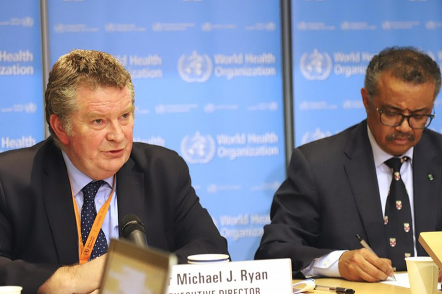 Dr Michael Ryan(L), executive director of the World Health Organization (WHO) Health Emergencies Program, addresses a press conference in Geneva, Switzerland on February 18, 2020 — Xinhua/Files