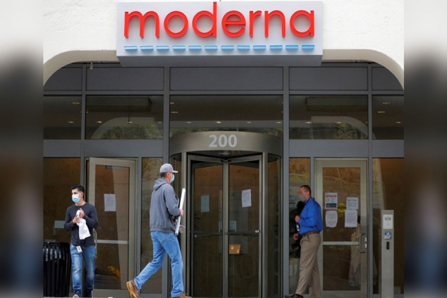 A sign marks the headquarters of Moderna Therapeutics, which is developing a vaccine against the coronavirus disease (Covid-19), in Cambridge, Massachusetts, US, May 18, 2020 — Reuters/Files