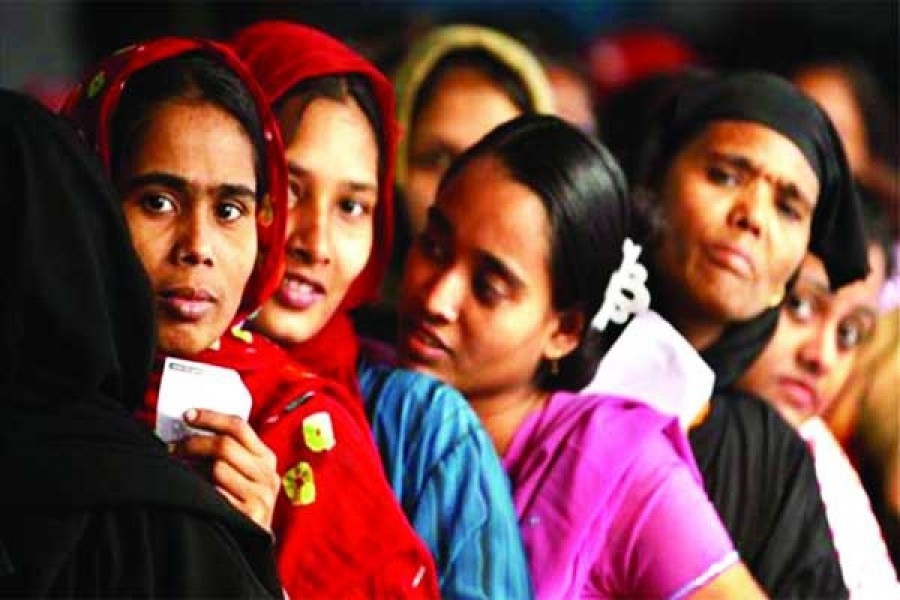 97pc of women migrant workers unaware of formal services regarding migration