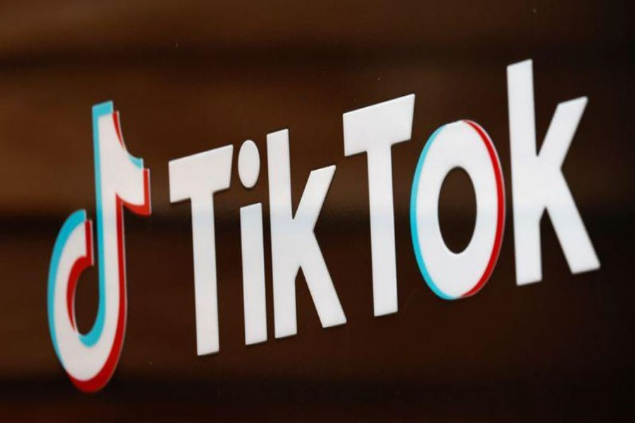 The TikTok logo is pictured outside the company's US head office in Culver City, California, US, Sept 15, 2020. REUTERS/Mike Blake