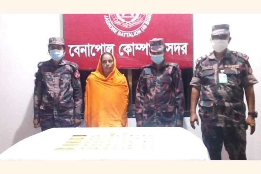 Women smugglers active on Benapole-Sharsha border