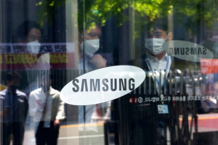 Samsung projects 60pc rise in profit as United States sanctions hit Huawei