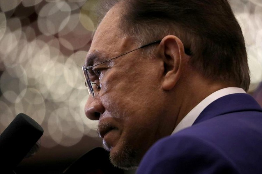 Malaysia's Anwar says he has strong support to form new govt