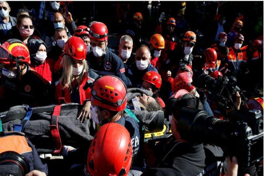 Mother, children saved from Turkey earthquake rubble