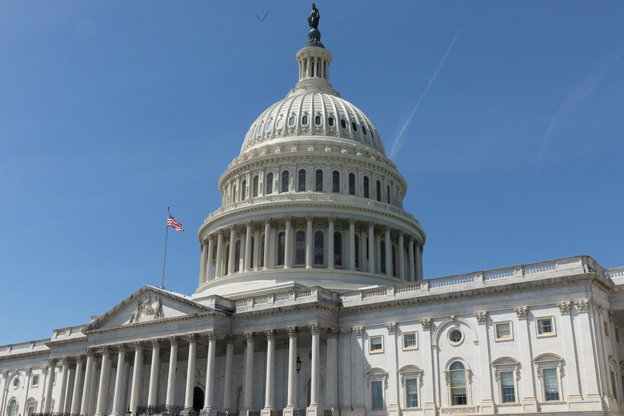 Congress poised to vote on COVID aid package after Fed compromise